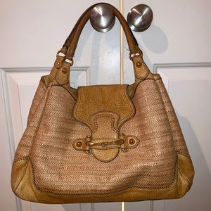 Gucci authentic tan straw and leather bag purse